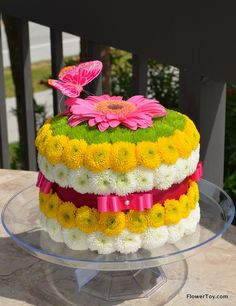 FREE Next Day Local Flower Delivery by Bloomers Flower Shop in Arizona. Deco Floral, Floral Cake, Art Floral, Creative Flower Arrangements, Floral Arrangements, Unique Flowers, Beautiful Flowers, Fleur Design, Birthday Cake With Flowers