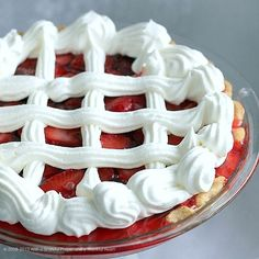 With a Grateful Prayer and a Thankful Heart: Strawberry Pie Source by branruss Related posts: Fresh Strawberry Glace Pie Crustless Fresh Strawberry Pie 🍓🍓 Easy Strawberry Pie (wie Frisch und Shoney) Easy Strawberry Pie (wie Frisch und Shoney) Köstliche Desserts, Health Desserts, Delicious Desserts, Dessert Recipes, Yummy Food, Shoneys Strawberry Pie, Strawberry Recipes, Strawberry Glaze, Strawberry Fields