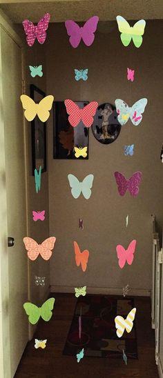 Resultado de imagen para souvenir de cumpleaños de mujer de plantas o flores Butterfly Party, Butterfly Birthday, Butterfly Decorations, Butterfly Crafts, Flower Crafts, Diy Arts And Crafts, Easy Crafts, Crafts For Kids, Paper Crafts