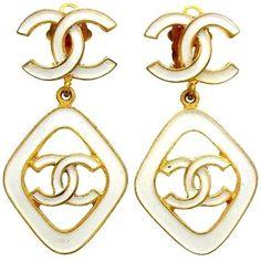 Authentic vintage Chanel earrings CC logo dangle white COCO #ea1150 #Chanel