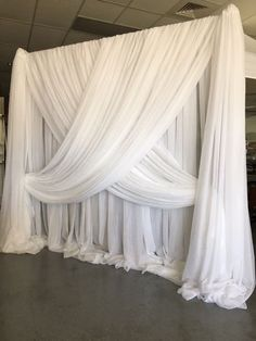 40 Ideas diy wedding backdrop curtains altars for 2019 Wedding Draping, Wedding Entrance, Wedding Ceremony Backdrop, Wedding Canopy, Wedding Backdrops, Wedding Centerpieces, Wedding Decorations, Diy Backdrop, Backdrop Design