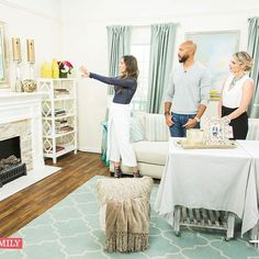 Aaaaahhh you guys!!! So excited to have been asked to go back to the @homeandfamilytv show! What a humbling experience and what an amazing group of people I got to work with today! Check out the show tomorrow at 10a/9c on the @hallmarkchannel and watch as I discuss 3 ways to style your fireplace including if you have a tv hung above the fireplace! Thank you so much for having me on the show again!!!! 💕💕💕