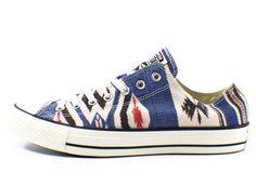 Converse Chuck Taylor Low Sneakers Size 11 (Natural/Navajo)