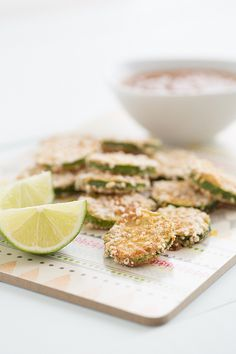 This Crispy Sweet Chili Zucchini is an Asian-inspired twist on classic breaded zucchini. Serve with spicy Lime-Almond Dipping Sauce for an amazing snack! Veggie Recipes, Appetizer Recipes, Vegetarian Recipes, Cooking Recipes, Healthy Recipes, Appetizers, I Love Food, Good Food, Yummy Food