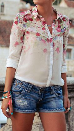 faded floral + denim -- I love this outfit!