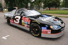 Dale Earnhardt Sr.'s 2000 Goodwrench Chevrolet.