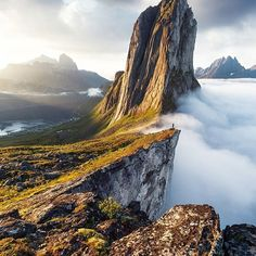 These photos of Norway are some of the most breathtaking you will ever see. From the famous Norwegian fjords to the Lofoten Islands and beautiful villages, Norway has so many amazing top places to visit. Here are just a few of the best pictures of Norway. Lofoten, Landscape Photography, Nature Photography, Travel Photography, Stunning Photography, Photography Ideas, Mountain Photography, Night Photography, Image Photography