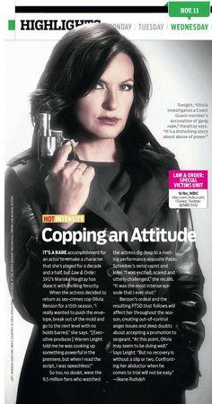 Mariska hargitay don't use a pistol!! I love her!!