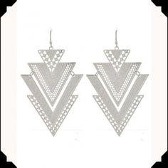 Korvakorut, Pomina Jewellery