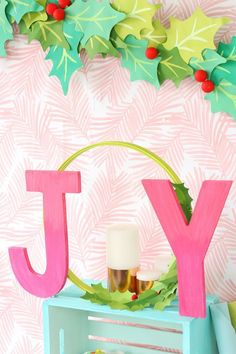 Celebrate the season with the modern word art DecoArt and Cricut Holiday Decor. The ombre letters are easy to make and the wreath is a simple afternoon DIY! Easy Christmas Crafts, Modern Christmas, Pink Christmas, Christmas Holidays, Christmas Decorations, Christmas Ideas, Tropical Christmas, Christmas Projects, Christmas 2019
