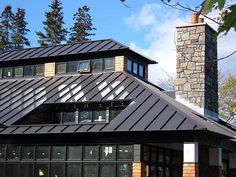 4 Persistent Tricks: Shed Roofing Living Room roofing colors decks.White Metal Roofing shed roofing living room.Shed Roofing Living Room. Black Metal Roof, Metal Roof Colors, Metal Roof Houses, House Roof, Cow House, Concrete Roof Tiles, Standing Seam Roof, Fibreglass Roof, Tuile