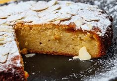 Learn how to make lemon and Almond Torte with this delicious and easy recipe. Although the words are similar, torte is more like a sponge cake than a tart. Food Cakes, Cupcake Cakes, Cupcakes, Sweet Recipes, Cake Recipes, Dessert Recipes, Semolina Cake, French Cake, Torte Recipe
