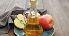 Apple cider vinegar is fermented apples and water. It is a wildly popular ingredient used in natural health remedies, whether for managing health conditions or aiding weight loss. Learn more about the scientific research behind apple cider vinegar. What Is Psoriasis, Psoriasis Remedies, Acne Remedies, Health Remedies, Natural Remedies, Natural Treatments, Herbal Remedies, Allergy Remedies, Body Creams