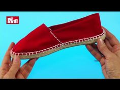 How To Make Slippers, How To Make Shoes, Crochet Shoes, Crochet Slippers, Espadrilles, Decorating Flip Flops, Felted Slippers, Shoe Art, Crochet Videos