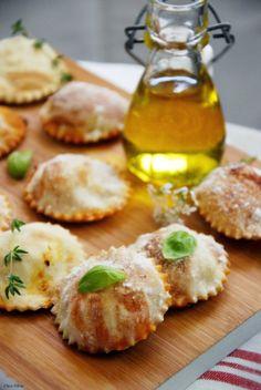 CHEZ SILVIA: Raviolis pizza margarita