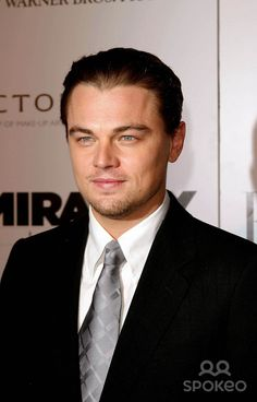 the Aviator Los Angeles Premiere at the Chinese Theatre in Hollywood, California 12/01/04 Photo by Kathryn Indiek/Globe Photos Inc.2004 Leonardo Dicaprio