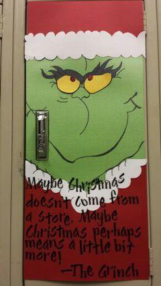 Christmas locker decorations School Locker Decorations, Holiday Door Decorations, Clear Christmas Ornaments, Christmas Jingles, Halloween Classroom Door, Office Christmas, Christmas Ideas, Holiday Crafts, Student Council