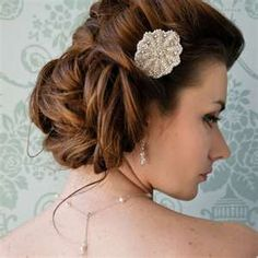 this updo is so soft and romantic I couldn't help but to add it