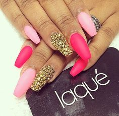 The pinks and gold are so cute, I will be getting this done. Perf for spring and summer