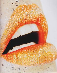 Orange | Arancio | Oranje | オレンジ | Colour | Texture | Style | Form | Pattern | kisses