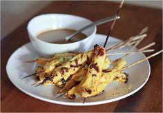Really quick and simple spicy chicken satay with peanut sauce, perfect for summer grilling!!
