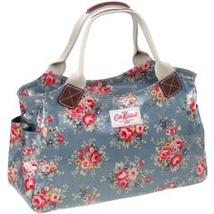 cute fabric tote - for handles could use woven cotton belting folded in half lengthwise  sewn