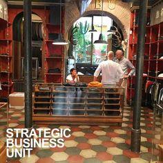 SBU shop interior. www.sbu.it Strategic Business Unit, The Unit, Interior, Shopping, Indoor, Interiors
