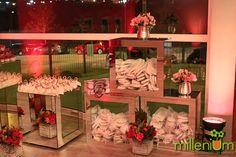 Millenium Festas e Decorações milleniumfestas.com.br Casamento de Caroline Basei e Geílson Silveira #wedding #bride #inspirations #pink #girlie #casamento #noiva