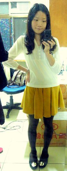 3/4 sleeves & round skirt & flats.