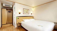 Campanile Issoudun - 3 Star #Hotel - $62 - #Hotels #France #Issoudun http://www.justigo.com/hotels/france/issoudun/campanile-issoudun_83932.html