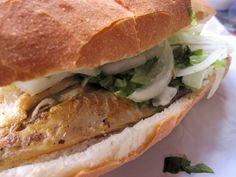 Balik Ekmek | mackerel and salad | panino con lo sgombro | #foodonboard #cambusa