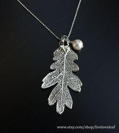 Real leaf necklace - Oak leaf in silver. 4skFyHzp6