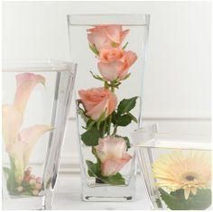 centro de flores sumergidas