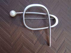 Modernist Betty Cooke Sterling Silver & Pearl Brooch #BettyCooke