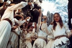 Picnic at Hanging Rock is a 1975 Australian mystery drama film directed by Peter Weir Great Movies, New Movies, Jane Austen, Best Films To Watch, Picnic At Hanging Rock, Peter Weir, Australia Day, Dream Baby, Film Stills