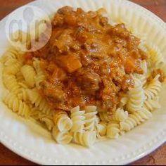 Schnelle Nudeln mit Hackfleisch, Ananas und Currysahne @ de.allrecipes.com