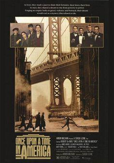 """""""Hai aspettato molto?"""" """"Tutta la vita…"""" - Il 6 luglio 1984 usciva ufficialmente in Italia """"C'era una volta in America"""" il famoso film di Sergio Leone, tratto dal romanzo di Harry Grey """"Mano armata"""", con Robert De Niro, James Woods e Elizabeth McGovern. Indimenticabile la colonna sonora di Ennio Morricone."""