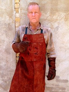 Actor Model, Blacksmithing, Revolution, Shots, Actors, Play, Fashion, Blacksmith Shop, Moda