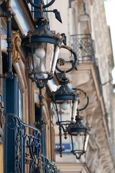 vintage street lamps on pinterest street lights street lamp and. Black Bedroom Furniture Sets. Home Design Ideas