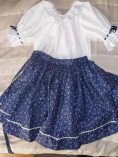 Kékfestő néptánc szoknya, pörgős néptáncos szoknya Folk Costume, Costumes, Traditional Dresses, Hungary, Folk Art, Ballet Skirt, Sewing, Skirts, How To Wear
