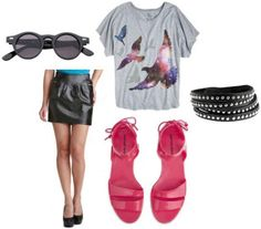 Leather skirt, grey graphic tee, pink sandals, sunglasses, black bracelet