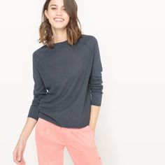 When the weather bites, stay chic with women's jumpers & tops from the La Redoute collection. It's French style made easy! Get French confidence in your wardrobe with our eternally chic and exceptionally wearable collections. Pull Long, Legging, Jumpers For Women, Pulls, Cable Knit, Cashmere, Pullover, Knitting, Chic