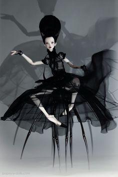 Black Widow  Amazing dolls  By:  http://www.popovy-dolls.com/  - LR