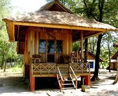 I'd like to disappear here for a week--Gili Beach hut Surf Shack, Beach Shack, Beach Huts, Bamboo House Design, Small Beach Houses, Hut House, Asian House, Beach Bungalows, Beach Resorts