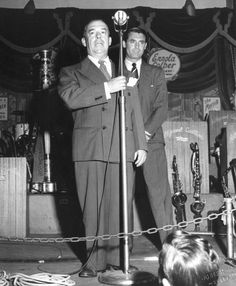 Cary Grant Being Introduced At The Hollywood Canteen