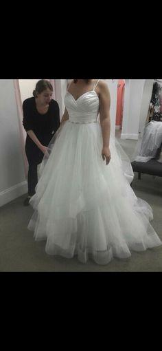 f0167b2c1bd3 New With Tags Size 12 Casablanca Ivory Wedding Dress