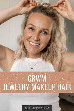 Daily Makeup Routine, Beauty Routines, Skincare Routine, Blonde Balayage, Blonde Highlights, Blonde Hair Inspiration, Simple Everyday Makeup, Summer Makeup Looks, Short Blonde