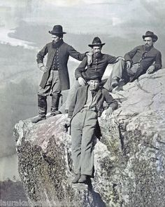 4 Union Soldiers Atop Lookout Mountain, Tennessee