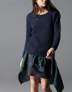 Jersey with structured front