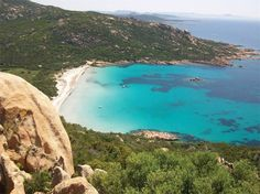 PLAGE DE ROCCAPINA. A 1 h du camping (49,5 km) par la RN 198 et la RN 196 direction Figari. ROCCAPINA BEACH. 1 h from the camping (49.5 km) travelling towards Figari on the RN198 and RN196. #campinglavetta #camping #corse #corsica